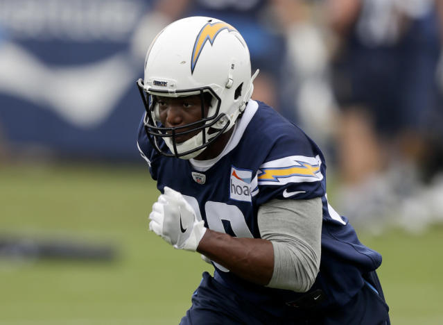 In this Tuesday, May 29, 2018, photo, Los Angeles Chargers' Virgil Green runs during practice at the NFL football team's organized team activity in Costa Mesa, Calif. Green is used to trading personal gain for the success of the team. In his first season with the Chargers, the veteran tight end's unselfishness might be exactly what is needed following the loss of emerging star Hunter Henry to a serious knee injury. (AP Photo/Chris Carlson)
