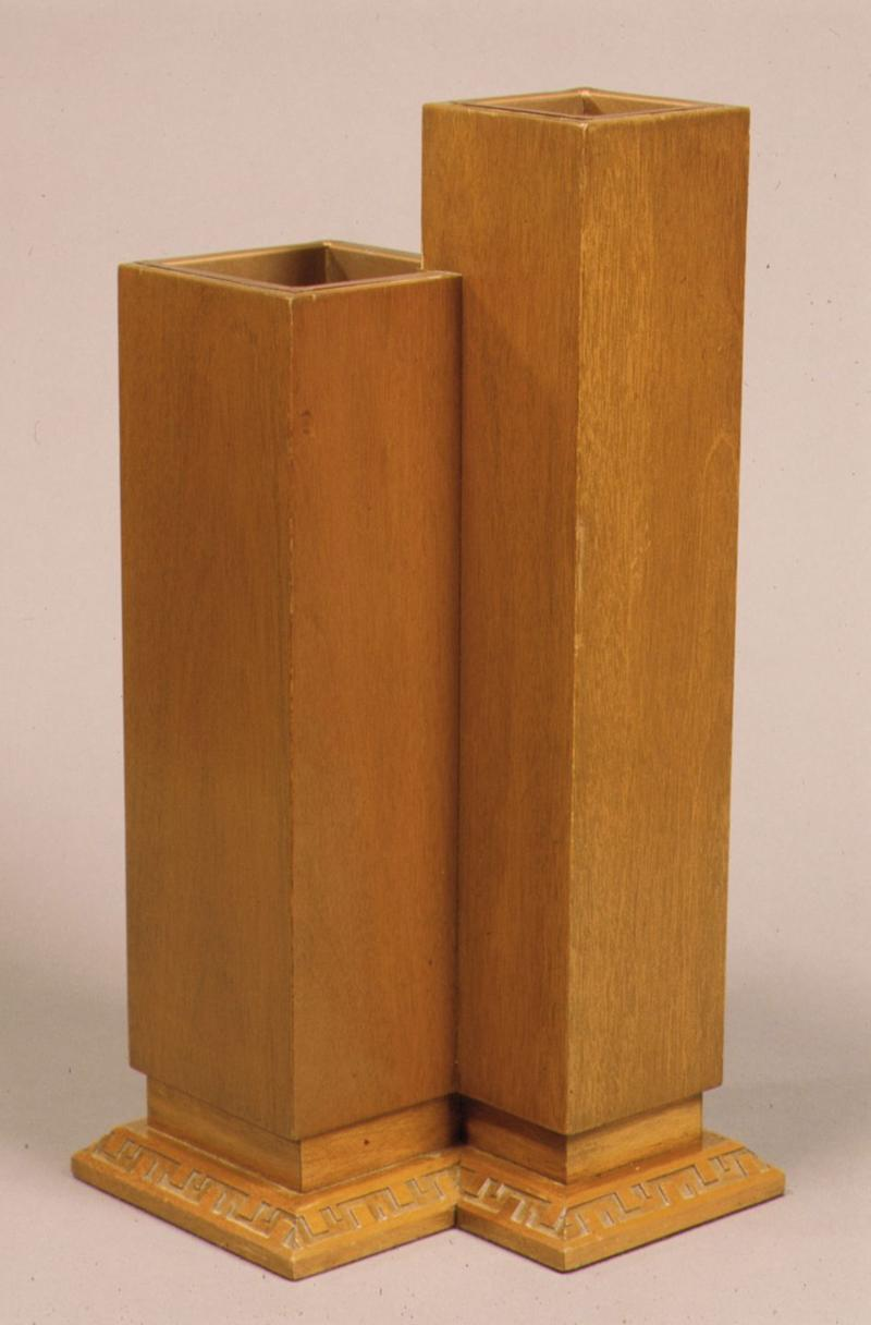 Photo credit: Courtesy of the Metropolitan Museum of Art. Gift of Minic Custom Woodwork, Inc., New York, 1983. © 2019 Frank Lloyd Wright Foundation. All Rights Reserved. Licensed by Artist Rights Society.