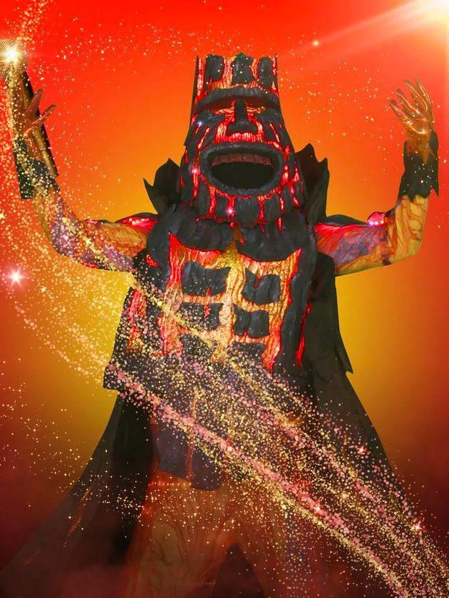 Vinnie lasted just one episode as his Masked Singer alter-ego Volcano (Photo: Ten)