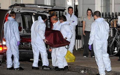 Police remove the body of Gareth Williams from the residence in Pimlico - Credit: STEVE FINN