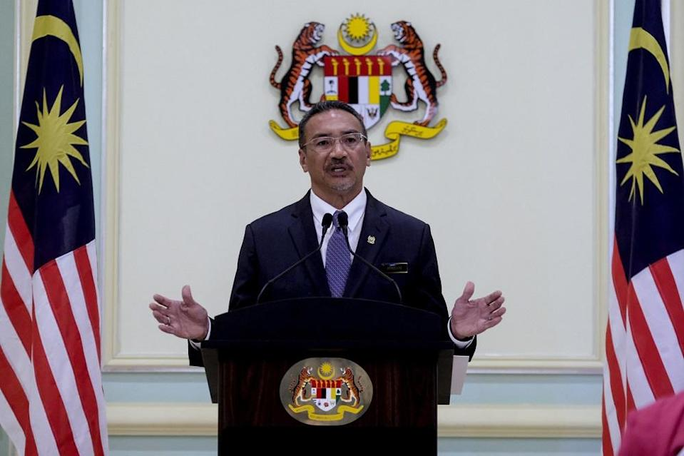Hishammuddin had commented earlier that Shafie should be more assertive and not yield to foreign claims that undermine Sabah's sovereignty. — Bernama pic