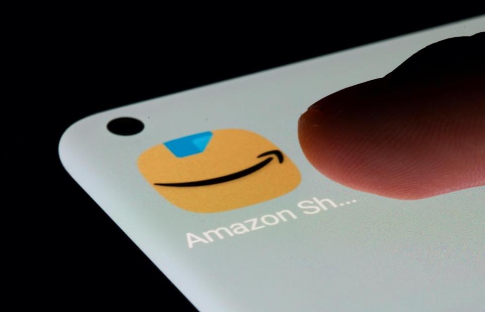 Amazon app is seen on a smartphone in this illustration taken, July 13, 2021. REUTERS/Dado Ruvic/Illustration - RC2TJO9F74TM