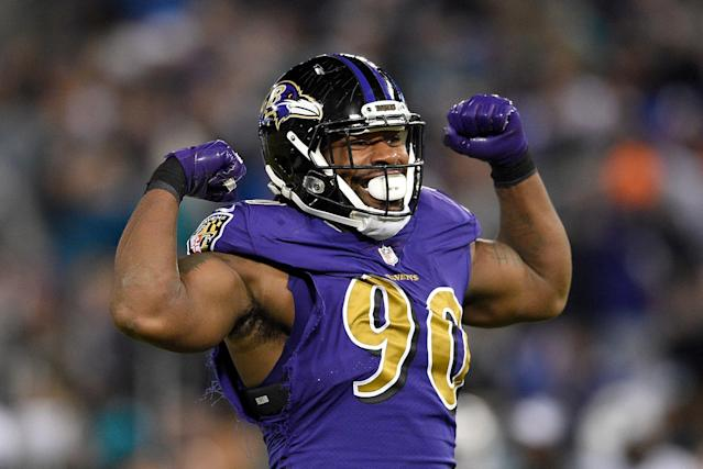 Za'Darius Smith is one of four Ravens defenders to leave the team this offseason. (AP)