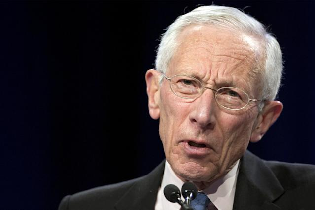 U.S. Federal Reserve Vice Chair Stanley Fischer addresses The Economic Club of New York in New York, U.S. on March 23, 2015. REUTERS/Brendan McDermid/File Photo
