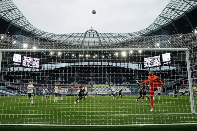 Handball rule draws widespread ire in penalty-dominated EPL