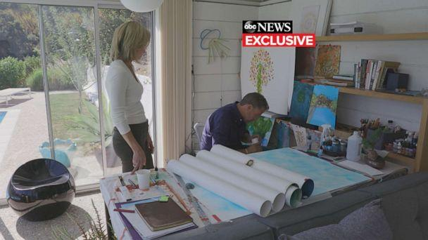PHOTO: Amy Robach and Hunter Biden at his art studio at his home in Los Angeles. (ABC News)