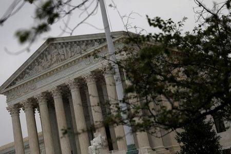 US top court leaves intact ruling against Central America asylum seekers