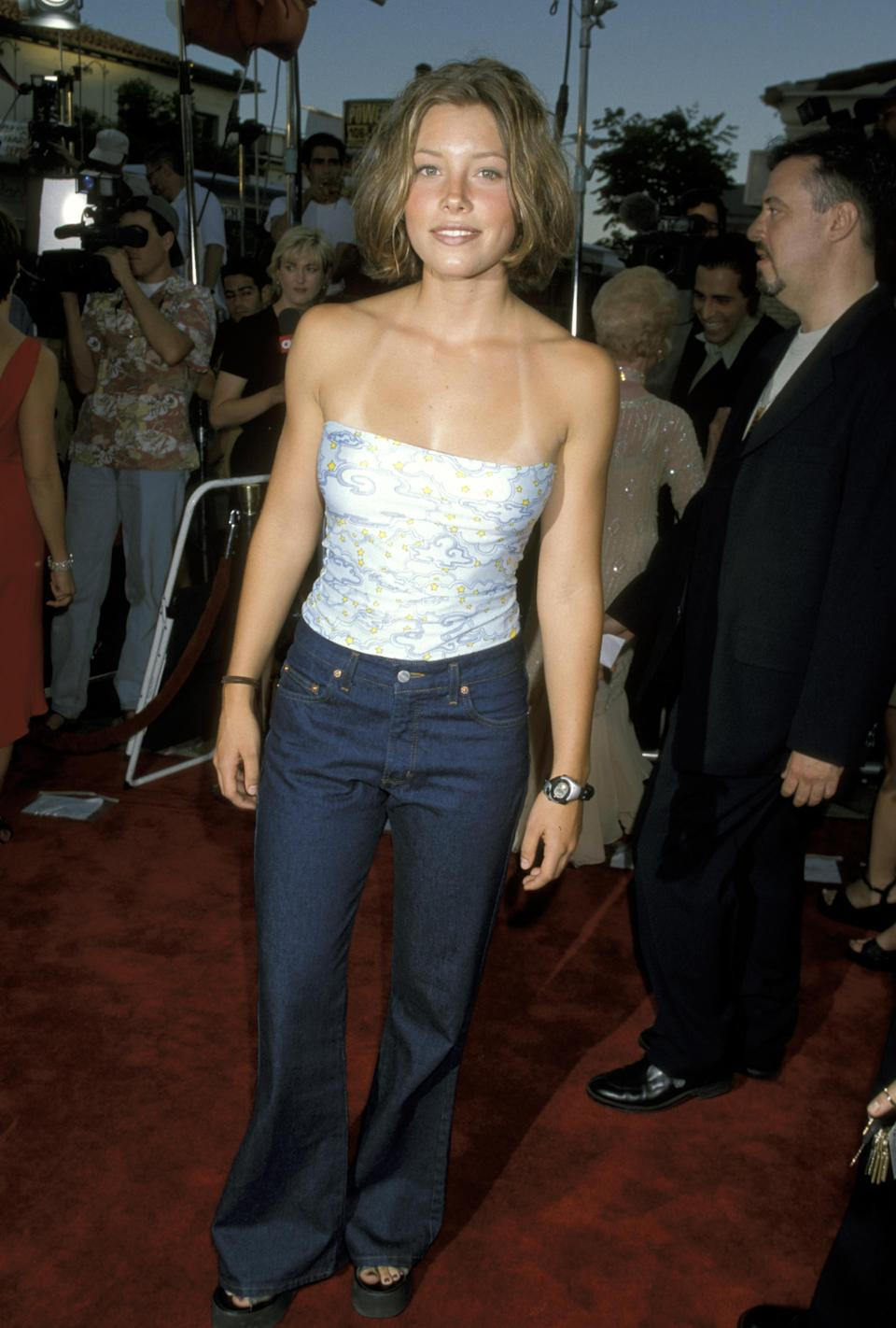 Jessica Biel arrives at the premiere of <em>Halloween H2O</em> in 1998, in Los Angeles. (Photo: Jim Smeal/WireImage)