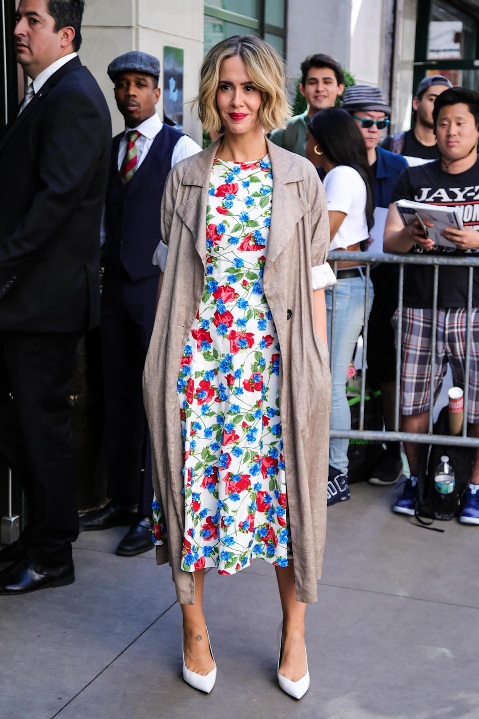 <p><span>'Ocean's 8' star Sarah Paulson brightened up our moods in this spring-worthy floral dress which she wore under a light trench incase the chill set in. <em>[Photo: Getty]</em></span> </p>