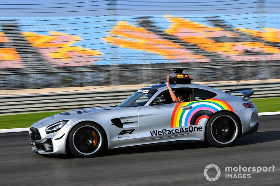 """Safety Car <span class=""""copyright"""">Mark Sutton / Motorsport Images</span>"""