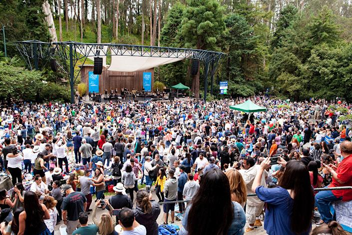 <p>Stern Grove amphitheater, packed with attendees during the summer concert season. | Photo: Cheryl Guerrero/Hoodline</p>