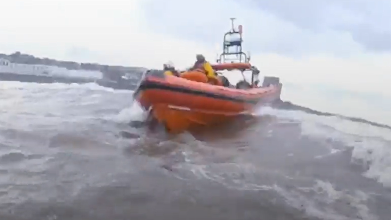 In Video: Lifeboat crew launches daring rescue after children get into trouble