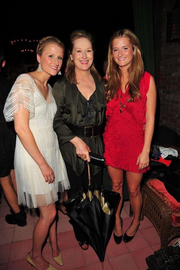 """<p><strong>Famous parent(s)</strong>: actress Meryl Streep<br><strong>What it was like</strong>: """"It used to bother me,"""" Grace has <a href=""""https://www.nytimes.com/2016/07/10/fashion/grace-gummer-mr-robot-meryl-streep.html?mcubz=1"""" rel=""""nofollow noopener"""" target=""""_blank"""" data-ylk=""""slk:said"""" class=""""link rapid-noclick-resp"""">said</a> of being known as Meryl Streep's daughter. """"I try not to think about it, or it could really get to me.""""</p>"""