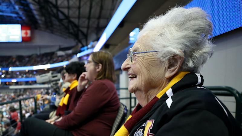 March Madness 2018: Loyola-Chicago Chaplain rocking 'Air Sister Jeans' for Elite 8
