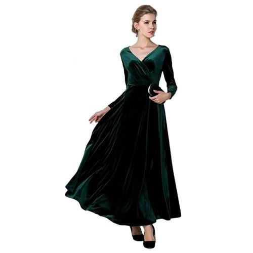 Classic Green conveys effortless holiday elegance. (Photo: Amazon)