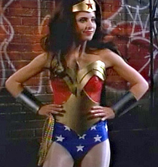 "<p>Eventual Marvel maestro Joss Whedon was signed to write and direct a <i>Wonder Woman</i> film in 2005, and his <i>Buffy</i> muse Sarah Michelle Gellar was said to be his top choice for the role. But her donning of Diana's famous get-up at the <a href=""https://www.youtube.com/watch?v=8WVPp9vG8FA"">2002 MTV Movie Awards</a> (see above) was the closest she'd get. (Photo: MTV)</p>"