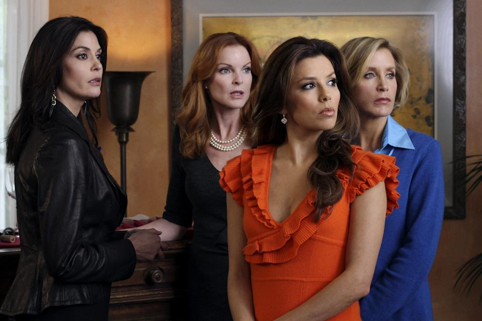 """Relations between Teri and her fellow 'Desperate Housewives' were said to have turned so sour by the end of the series, that her name wasn't included on a group gift from the cast sent to executive producer Marc Cherry.<br /><br />A source bluntly told Celebuzz: """"The girls don't get along with Teri... so they organised [the gift] and left her out."""""""