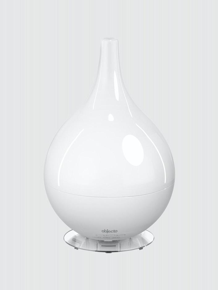 "<h2>H3 Hybrid Humidifier</h2> <br>This humidifier runs in two or four-hour sequences and automatically shuts off when the tank is empty. <br> <br> <strong>Objecto</strong> H3 Hybrid Humidifier, $, available at <a href=""https://go.skimresources.com/?id=30283X879131&url=https%3A%2F%2Ffave.co%2F30WjhZm"" rel=""nofollow noopener"" target=""_blank"" data-ylk=""slk:Verishop"" class=""link rapid-noclick-resp"">Verishop</a>"