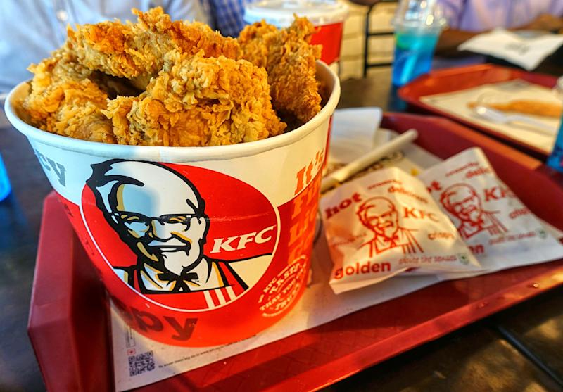 CITY CENTER, KOLKATA, WEST BENGAL, INDIA - 2019/06/26: KFC Bucket Chicken at an outlet in City Center shopping mall. KFC, also known as Kentucky Fried Chicken is an American Fast Food Company that provides delicious Chicken Items all over the world in different outlets. (Photo by Avishek Das/SOPA Images/LightRocket via Getty Images)