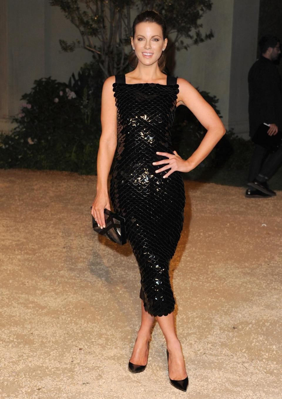 Pailettes covered Kate Beckinsale's black dress adding just a little more shimmer to her already glowing look.