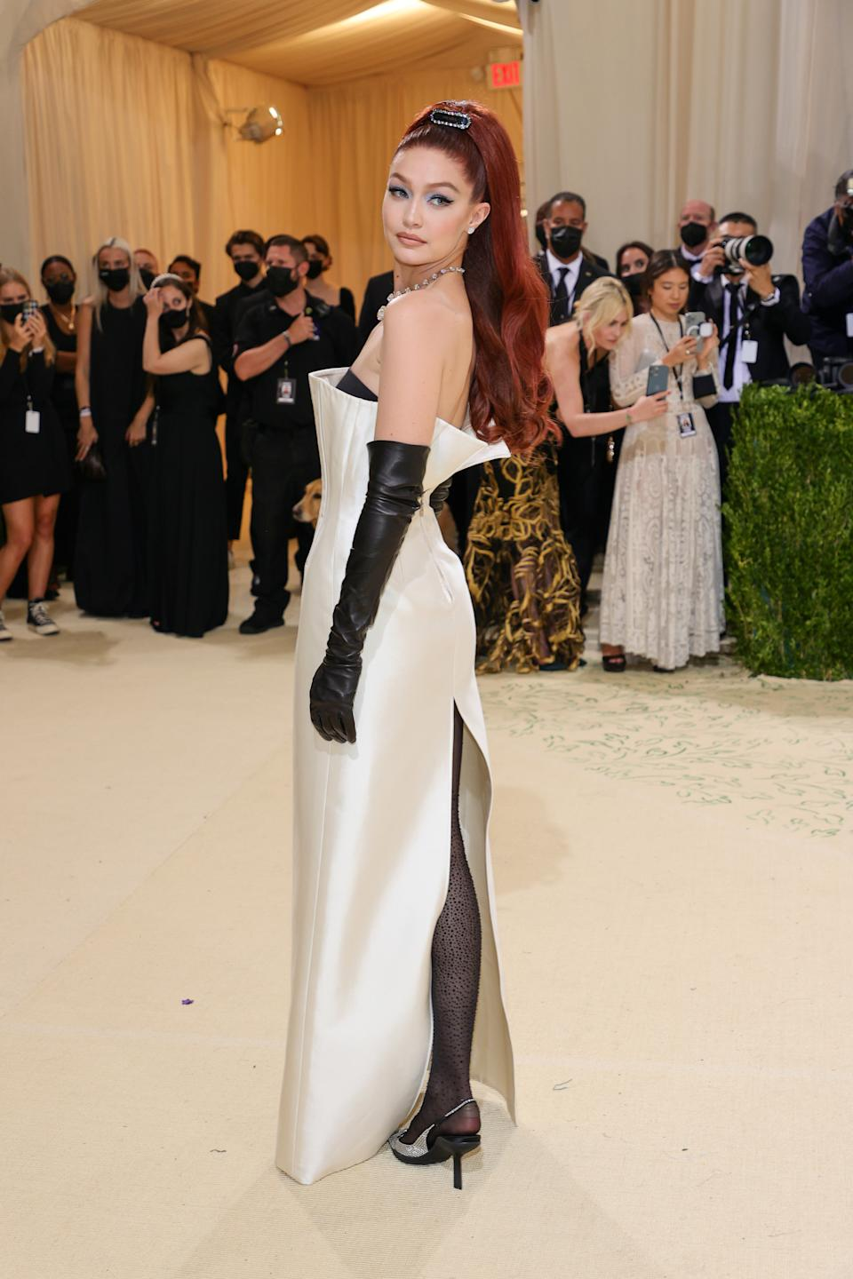Gigi Hadid attends The 2021 Met Gala Celebrating In America: A Lexicon Of Fashion at Metropolitan Museum of Art on September 13, 2021 in New York City. (Getty Images)