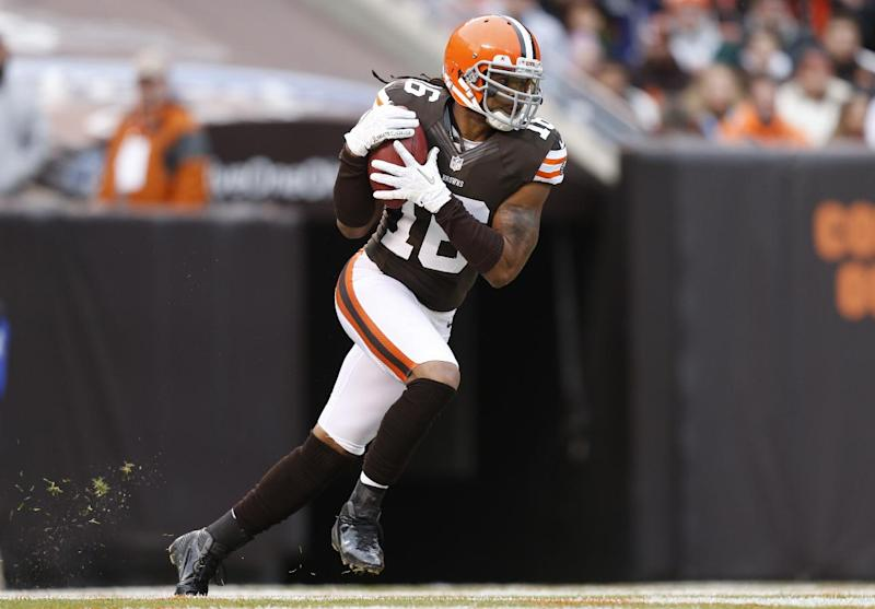 FILE - In this Nov. 4, 2012, file photo, Cleveland Browns wide receiver Josh Cribbs (16) runs the ball on a kickoff return against the Baltimore Ravens in the first half of an NFL football game in Cleveland. Cribbs doesn't like the possibility that the NFL will replace the kickoff. Commissioner Roger Goodell said this week that the league's competition committee will consider eliminating the kickoff in the offseason.  (AP Photo/Rick Osentoski, File)