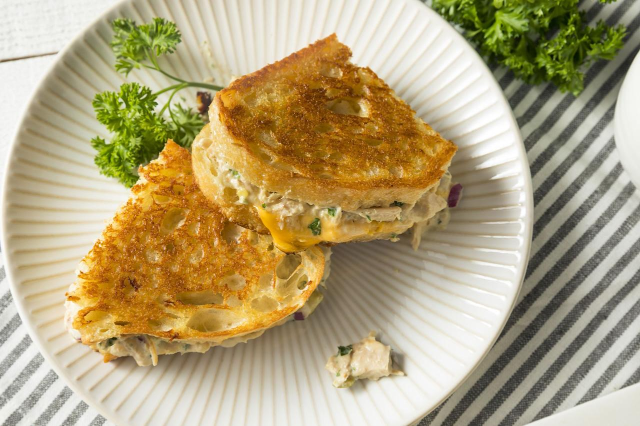 """<p>You probably already have some canned tuna in your pantry, so why not put it to good use? These canned tuna recipes feature the packaged seafood in innovative and downright delicious ways. Whether you're searching for a <a href=""""https://www.countryliving.com/food-drinks/g648/quick-easy-dinner-recipes/"""">weeknight dinner</a>, a <a href=""""https://www.countryliving.com/food-drinks/g700/lunch-recipes-0109/"""">quick and easy lunch</a>, or even a <a href=""""https://www.countryliving.com/food-drinks/g643/delectable-holiday-appetizers-1208/"""">holiday appetizer</a>, this list of healthy canned tuna recipes has you covered. Of course, there are classic meals included, like tuna salads and tuna melts, but there are also many dishes that put a new, tasty spin on canned tuna you have to try. As a nice bonus, most of these recipes are quick and easy to make, so you won't be cooped up in the kitchen all day cooking. If you're concerned about some family members not liking these healthy canned tuna recipes, don't worry.  Both kids and adults will love these meals, even if they're not big fish fans. We have a feeling your picky eaters will find themselves enjoying every single bite. </p>"""