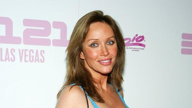 Tanya Roberts pada 2008. (ETHAN MILLER/GETTY IMAGES NORTH AMERICA/GETTY IMAGES VIA AFP)