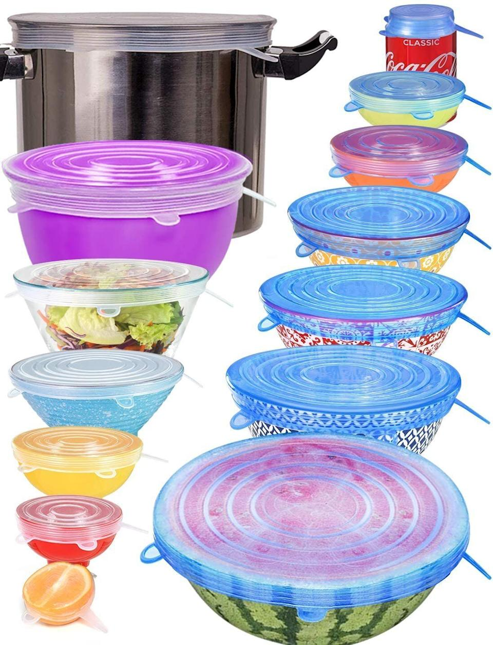 "From a can of soda to a bowl of chips, this <a href=""https://amzn.to/35jy169"" target=""_blank"" rel=""noopener noreferrer"">set of silicone stretch lids</a> can work when you've made a meal for yourself or after you entertain guests. (Photo: Amazon)"