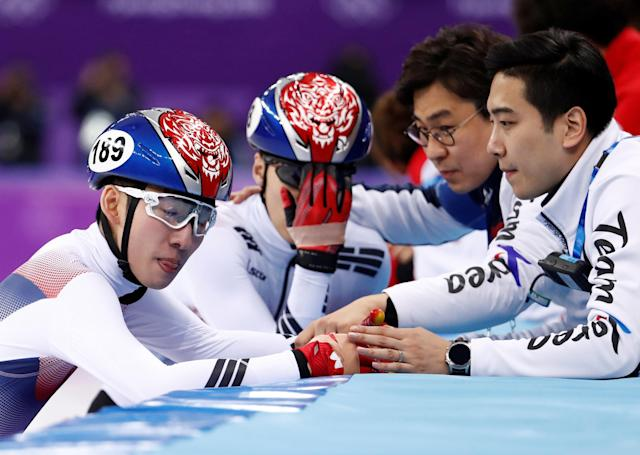 Short Track Speed Skating Events - Pyeongchang 2018 Winter Olympics - Men's 500m Final - Gangneung Ice Arena - Gangneung, South Korea - February 22, 2018 - Lim Hyo-jun of South Korea and Hwang Dae-heon of South Korea react with teammates. REUTERS/Damir Sagolj TPX IMAGES OF THE DAY