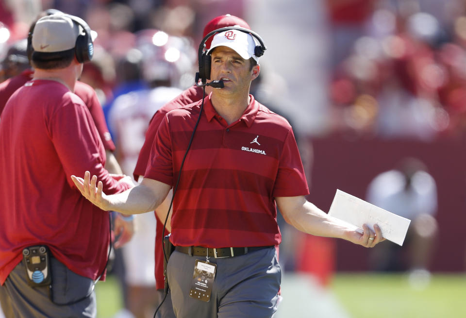 Shane Beamer of the Oklahoma Sooners coaches from the sidelines in the second half of a game against Iowa State. (David Purdy/Getty Images)