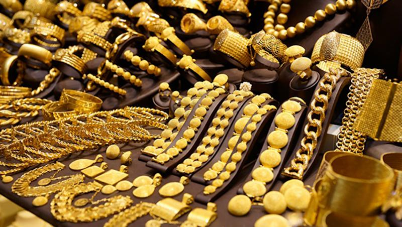 Gold Prices Down by Rs 80 Ahead of Diwali 2018