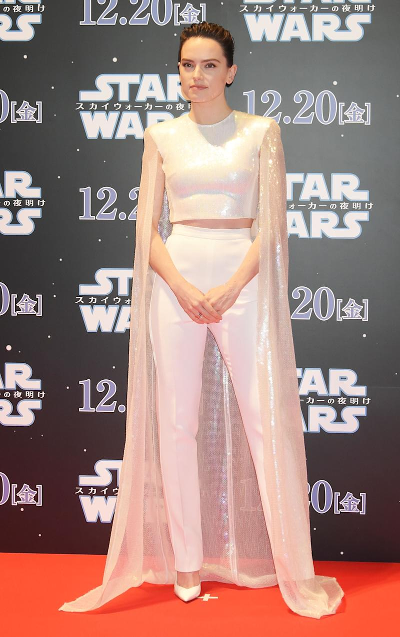 Daisy Ridley wearing David Koma at a 'Star Wars' event in Tokyo [Photo: Getty]