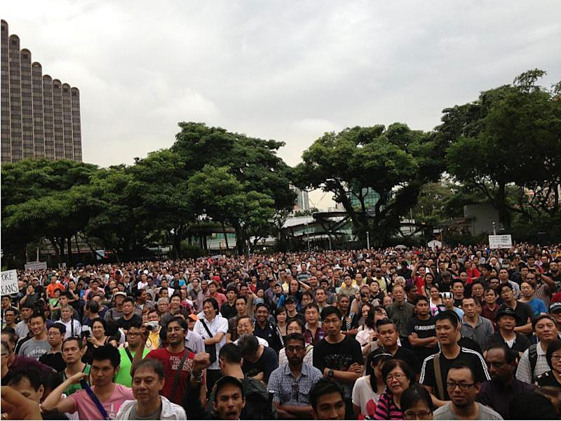 <p>An estimated 4,000 turn up for the protest despite a steady drizzle.</p>