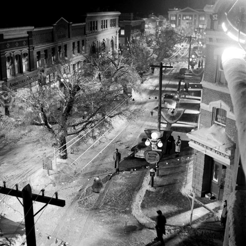 On the set of Bedford Falls