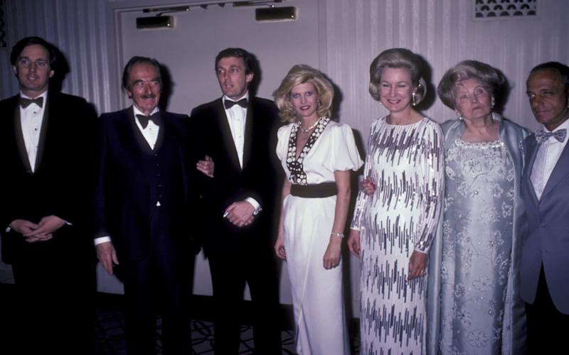 Robert Trump, Fred Trump, Donald Trump, Ivana Trump, Elizabeth Trump, Mary Anne Trump and Roy Cohn attend 38th Annual Horatio Alger Awards Dinner in 1985 - Ron Galella Collection