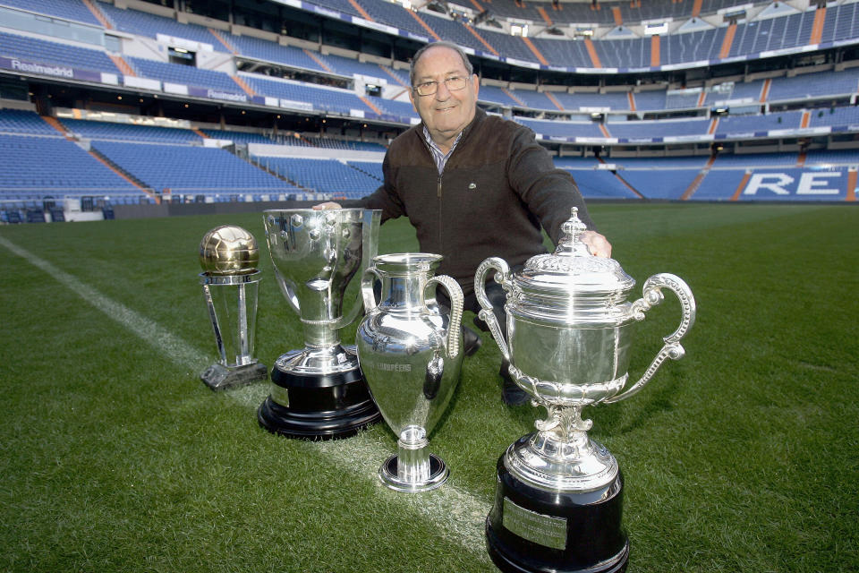 MADRID, SPAIN - DECEMBER 05: Real Madrid's legendary player Paco Gento poses with trophies during his interview with Real Madrid TV at Santiago Bernabeu's stadium on December 5, 2007 in Madrid, Spain  (Photo by David R. Anchuelo/Real Madrid via Getty Images)