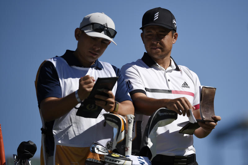 Xander Schauffele runs hot, cold in Las Vegas but grabs lead in CJ Cup