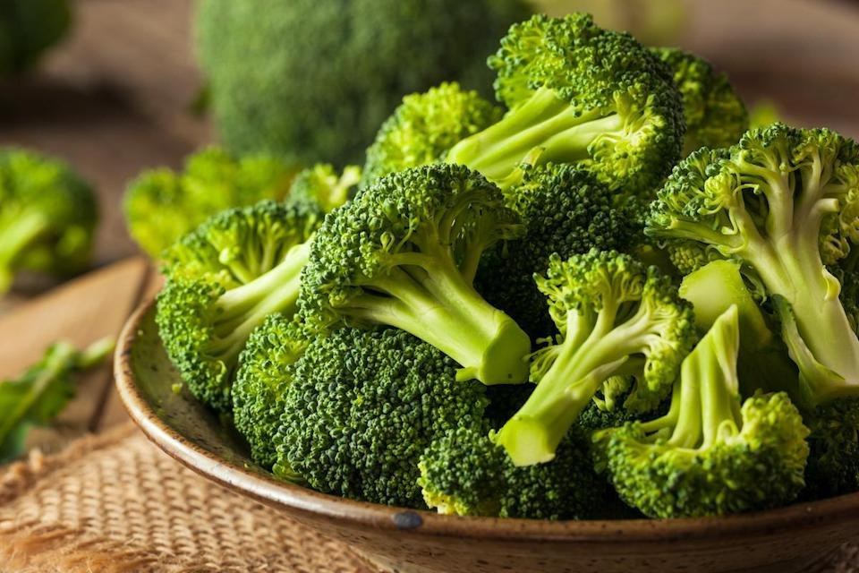 "<p>Broccoli is <a href=""https://www.thedailymeal.com/eat/popular-vegetable-us-states?referrer=yahoo&category=beauty_food&include_utm=1&utm_medium=referral&utm_source=yahoo&utm_campaign=feed"" rel=""nofollow noopener"" target=""_blank"" data-ylk=""slk:an incredibly popular vegetable"" class=""link rapid-noclick-resp"">an incredibly popular vegetable</a> beloved for its nutritional content. While the microwave won't necessarily change the way your broccoli looks or tastes, one study found that the leafy green can lose 74% to 97% of its antioxidants when microwaved while immersed in water. When steamed or cooked without water, it will retain most of its nutrients.</p>"