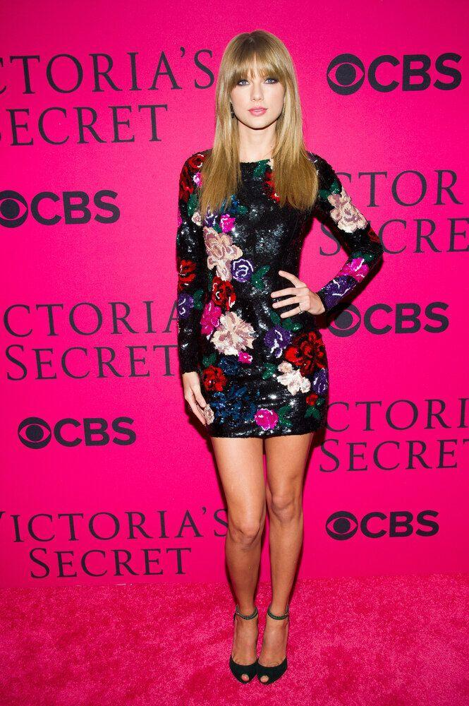 Taylor Swift attends the Victoria's Secret Fashion Show on Wednesday, Nov. 13, 2013 in New York. (Photo by Charles Sykes/Invision/AP)