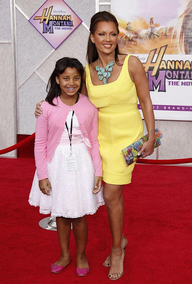 "<a href=""http://movies.yahoo.com/movie/contributor/1800018824"">Vanessa Williams</a> and daughter at the Los Angeles premiere of <a href=""http://movies.yahoo.com/movie/1810025272/info"">Hannah Montana The Movie</a> - 04/02/2009"