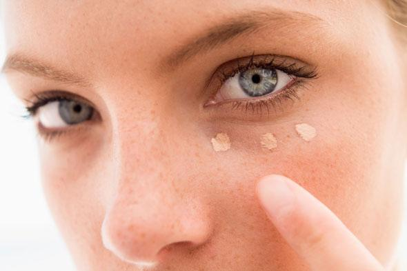 Beauty Steals: Conceal Post Holiday Beauty Flaws