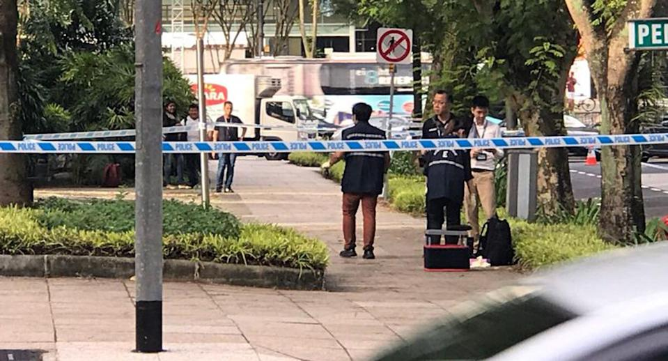 False alarm: A stretch of Penang Lane was closed on 3 November 2017 after a grenade-shaped item found. PHOTO: Nigel Chin/Yahoo News Singapore