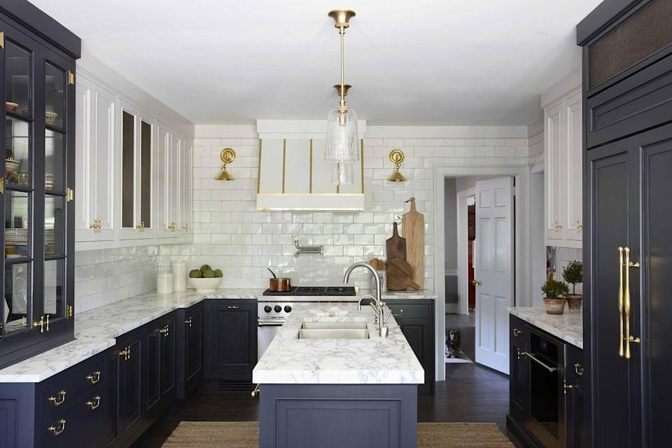"""<p>In <a href=""""https://www.veranda.com/home-decorators/a32396171/barbara-sallick-kitchen-tour/"""" rel=""""nofollow noopener"""" target=""""_blank"""" data-ylk=""""slk:her beautiful Connecticut kitchen"""" class=""""link rapid-noclick-resp"""">her beautiful Connecticut kitchen</a>, Waterworks co-founder and author Barbara Sallick installed one set of glass-front cabinets that sit on the counter, which creates the look and feel of a butler's pantry in the kitchen. </p>"""