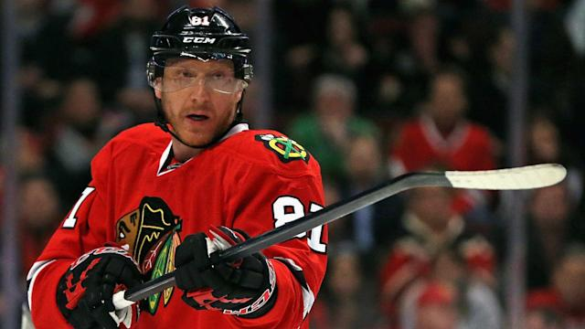 By dumping Hossa and his contract on the Coyotes, the Blackhawks will now have $5.275 million extra in cap space.