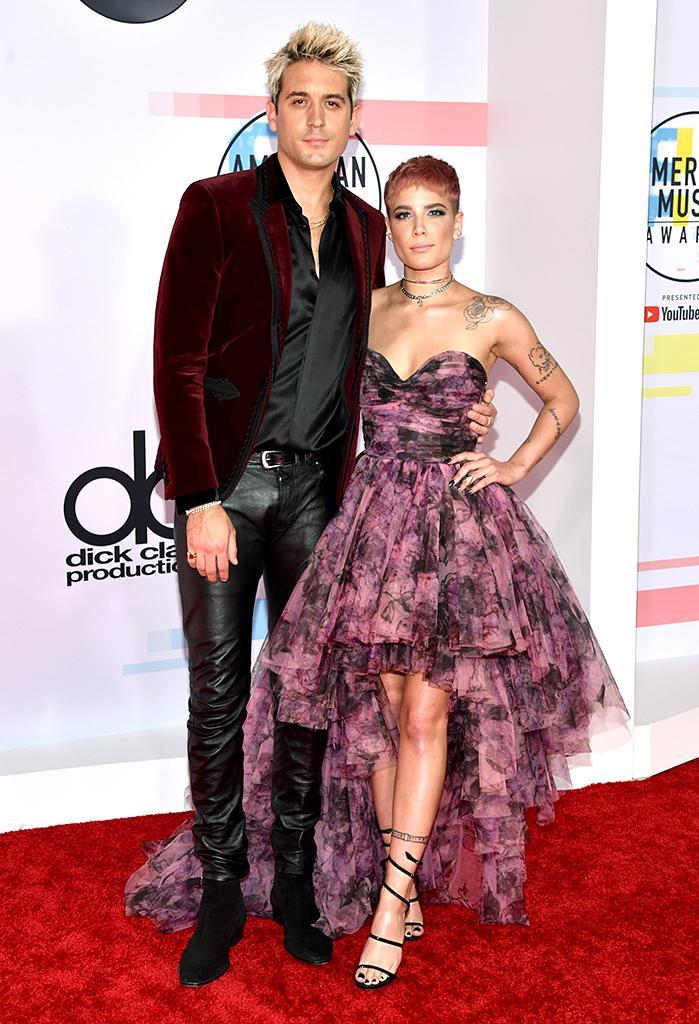 <p>G-Eazy (L) and Halsey attend the 2018 American Music Awards at Microsoft Theater on Oct., 9, 2018 in Los Angeles. (Photo: John Shearer/Getty Images for dcp) </p>