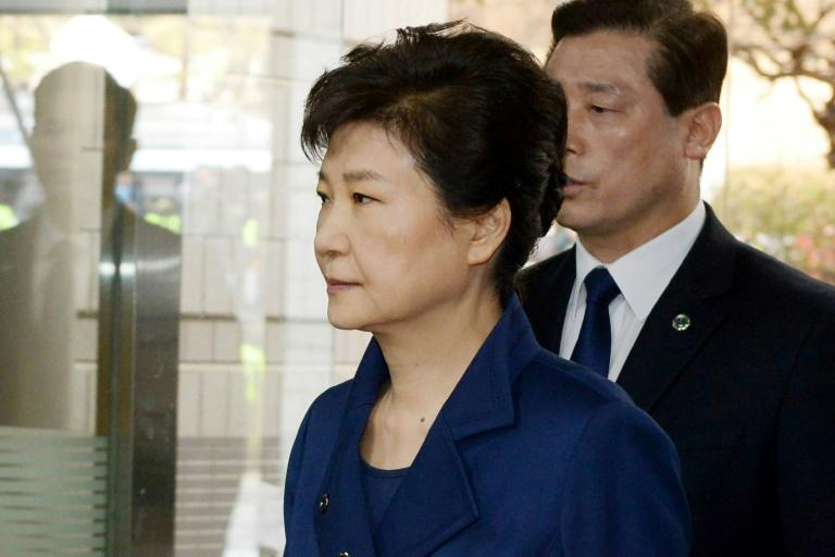 South Korea's ousted president Park Geun-Hye arrives for a hearing, to decide if she should be arrested over the corruption and abuse of power scandal that brought her down, March 30, 2017