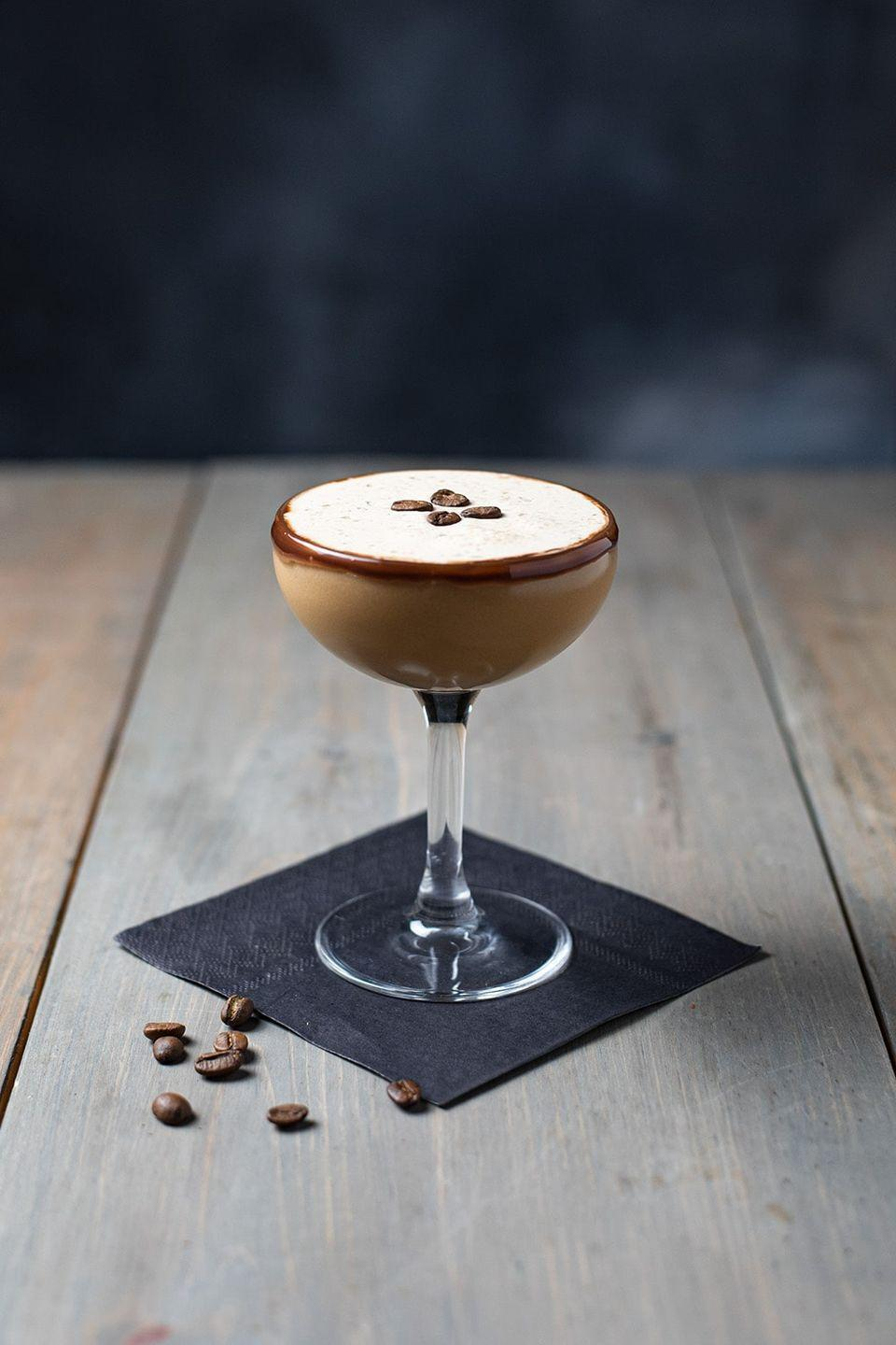 "<p>This sweet, simple dessert cocktail is for those of you who don't need a lot of excessive garnishes or fancy liqueurs—just a delicious sweet, creamy drink to celebrate Christmas with.</p><p><strong>Get the recipe at <a href=""https://kitchenswagger.com/chocolate-espresso-martini-recipe/"" rel=""nofollow noopener"" target=""_blank"" data-ylk=""slk:Kitchen Swagger"" class=""link rapid-noclick-resp"">Kitchen Swagger</a>.</strong><strong><br></strong></p>"