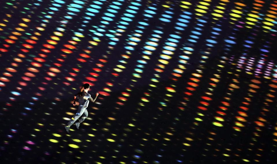 <p>More lights. (Photo by Amin Mohammad Jamali/Getty Images)</p>