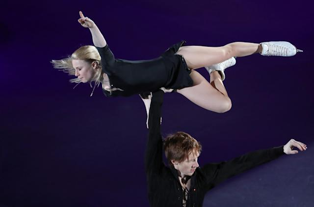 Figure Skating - Pyeongchang 2018 Winter Olympics - Gala Exhibition - Gangneung Ice Arena - Gangneung, South Korea - February 25, 2018 - Evgenia Tarasova and Vladimir Morozov, Olympic athletes from Russia, perform. REUTERS/Lucy Nicholson